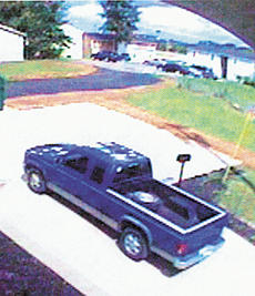 """<div class=""""source""""></div><div class=""""image-desc"""">A security camera from an adjacent business captured this image on July 17. Police believe it may be the vehicle a thief used when robbing Cash Express. Call Rick Kells at 428-1212 with information.</div><div class=""""buy-pic""""><a href=""""http://web2.lcni5.com/cgi-bin/c2newbuyphoto.cgi?pub=195&orig=Cash%2BExpress%2Btheft.jpg"""" target=""""_new"""">Buy this photo</a></div>"""