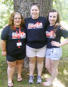 "<div class=""source""></div><div class=""image-desc"">Caitlin M. Smith, a senior at Grant County High School, Anna Sullinger, FCCLA Adviser and Olivia Cahill, a junior at Grant County High School. </div><div class=""buy-pic""></div>"
