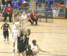 "<div class=""source"">Matt Birkholtz</div><div class=""image-desc"">Lady Braves junior forward Billie Hearn scored 16 points against Newport Dec. 27.</div><div class=""buy-pic""></div>"