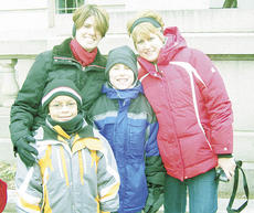 "<div class=""source""></div><div class=""image-desc"">Lynn Bailey and Any Davis took their children, Keegan and Andrew, to Washington, D.C. for the inauguration of Pres. Barack Obama.</div><div class=""buy-pic""><a href=""/photo_select/1478"">Buy this photo</a></div>"