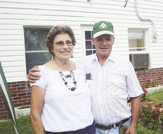 "<div class=""source""></div><div class=""image-desc"">Barbara and Cecil New</div><div class=""buy-pic""></div>"