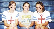 "<div class=""source"">Ryan Naus</div><div class=""image-desc"">Natalie Norman, Kim Simpson and Melissa McLeod ran track for GCHS.</div><div class=""buy-pic""><a href=""/photo_select/3898"">Buy this photo</a></div>"