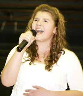 Annelise Kinsey was given the best performance/entertainer award.