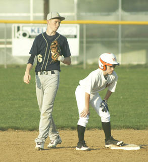 Blake Dills checks on Williamstown pinch runner  Brennan Stanley on second base.