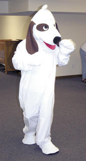  Cooper the Dog dances during VBS.