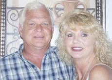 "<div class=""source""></div><div class=""image-desc"">Tom and Rhonda Gordon Holt</div><div class=""buy-pic""><a href=""/photo_select/8623"">Buy this photo</a></div>"