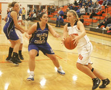 "<div class=""source"">Matt Birkholtz</div><div class=""image-desc"">Williamstown junior center Susan Northcutt had 19 points and 14 rebounds against Gallatin Co. Dec. 6.</div><div class=""buy-pic""><a href=""/photo_select/8374"">Buy this photo</a></div>"