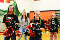 """<div class=""""source""""></div><div class=""""image-desc"""">Students, teachers and administrators from Williamstown Jr./Sr. High School break out their school spirit during a pep rally on April 28. Williamstown Sr. High was recently ranked by U.S. News as the 25th best school in Kentucky. Photos by  Cheyene Miller</div><div class=""""buy-pic""""><a href=""""/photo_select/26295"""">Buy this photo</a></div>"""