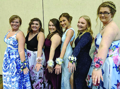 Dakota Palmer, Maci Gambrell, Kayla Ruth Leblang, Bailey Caldwell, Kayla McNerney, and Abby Lowery