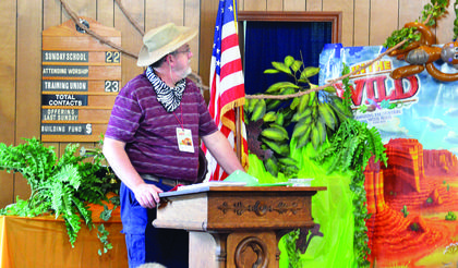 Bro. Chris Yingling discusses what the students will be learning at Grassy Run Baptist's VBS. Photos by Jerry Morris